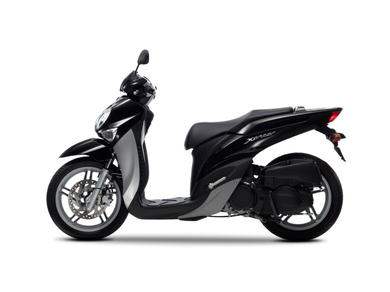 Top Scooter Yamaha Xenter 125 ES44