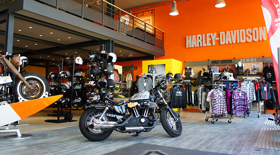 inauguration de harley davidson 66 perpignan. Black Bedroom Furniture Sets. Home Design Ideas