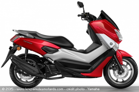 Scooter Yamaha NMax 125 rouge