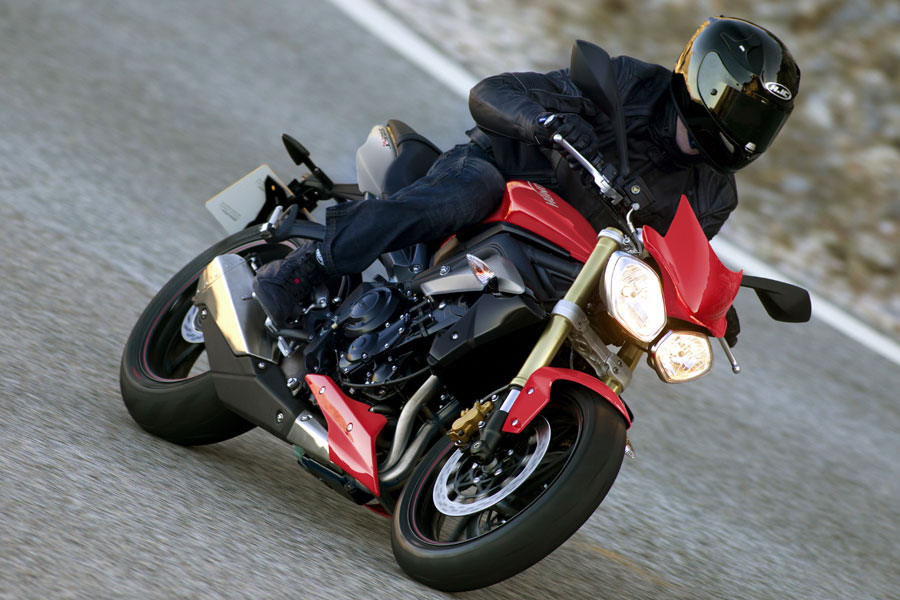 La Street Triple Dispo En Bridage A2