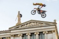 X Fighters   Renner chauffe Ath�nes