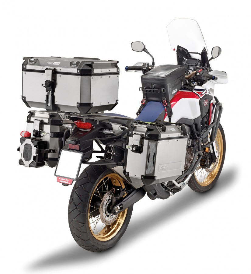 equipements givi pour honda africa twin. Black Bedroom Furniture Sets. Home Design Ideas
