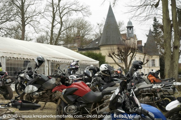 March Moto Madness au chateau de Comteville