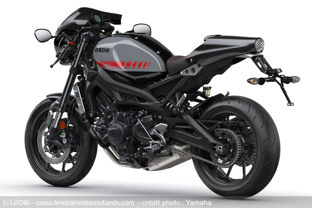 yamaha xsr 900 abarth. Black Bedroom Furniture Sets. Home Design Ideas