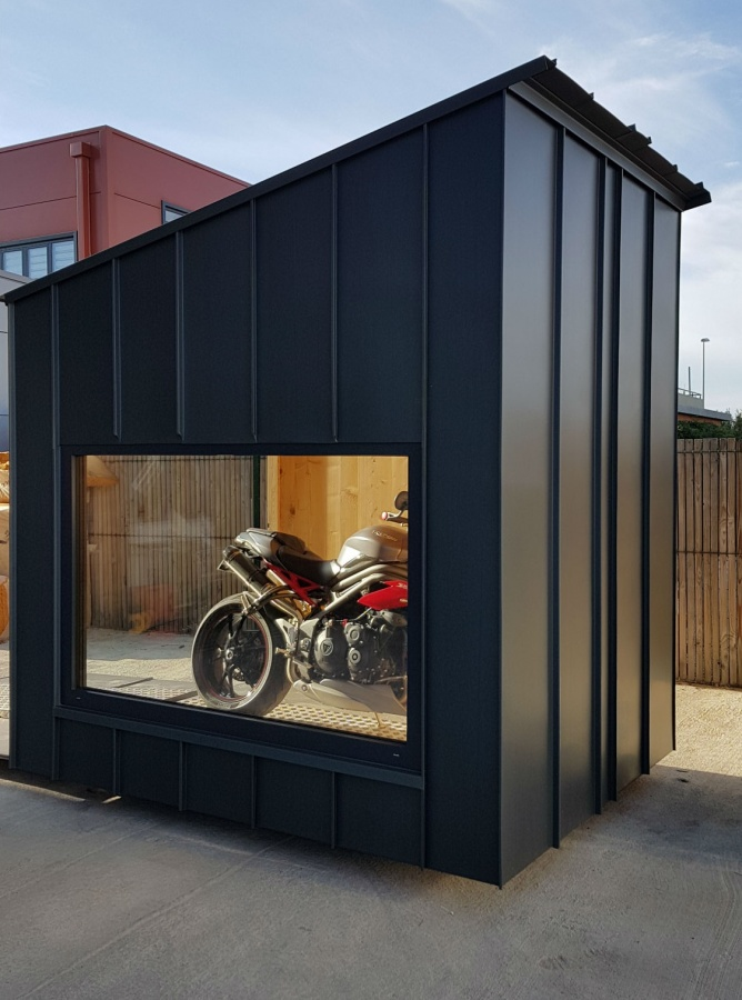 bikebox un garage sur mesure pour votre moto. Black Bedroom Furniture Sets. Home Design Ideas