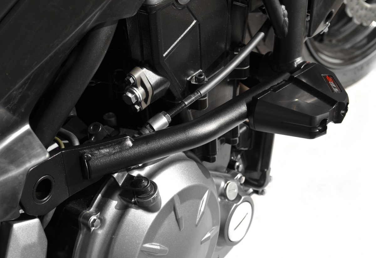 protections top block pour kawasaki z650. Black Bedroom Furniture Sets. Home Design Ideas