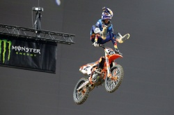 Marvin Musquin roi du Supercross de Paris