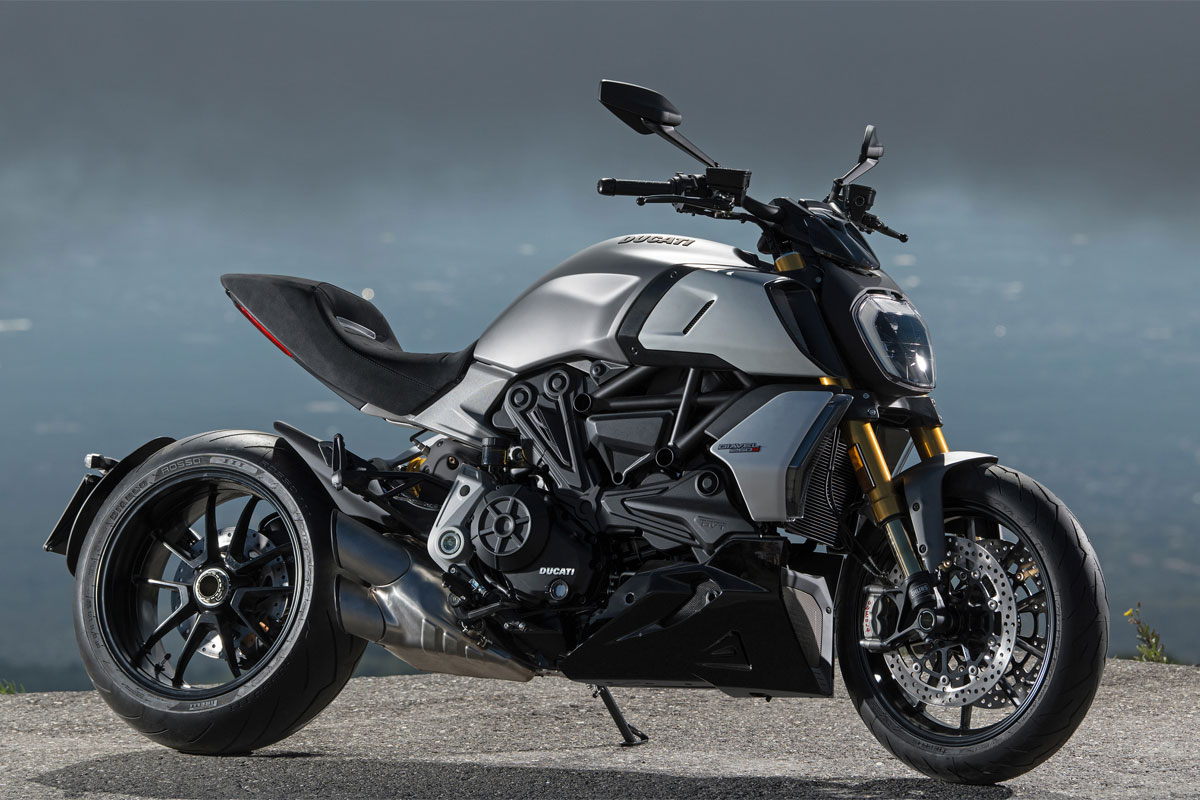 ducati diavel 1260. Black Bedroom Furniture Sets. Home Design Ideas