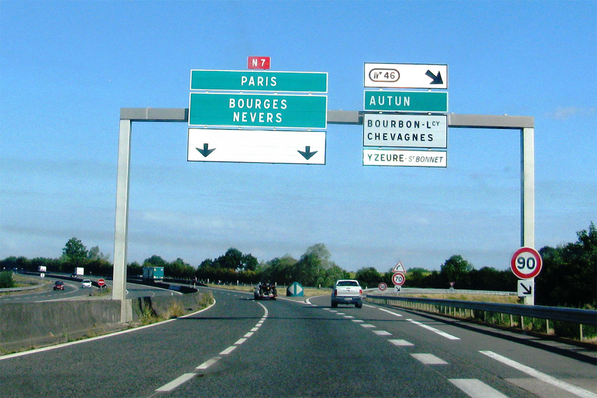 Après les autoroutes, les routes nationales — Privatisations