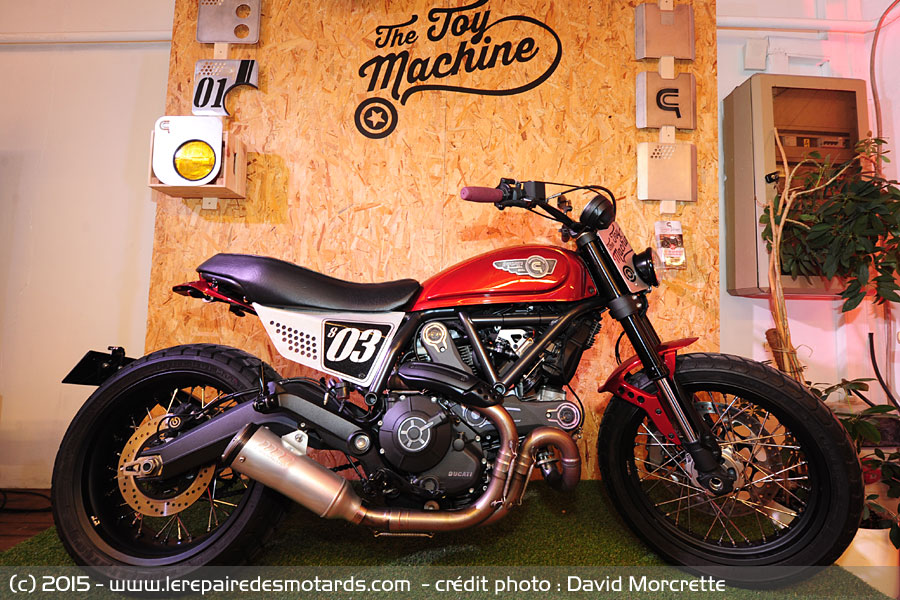 Midnight garage festival la ducati scrambler est une for Garage preparation moto