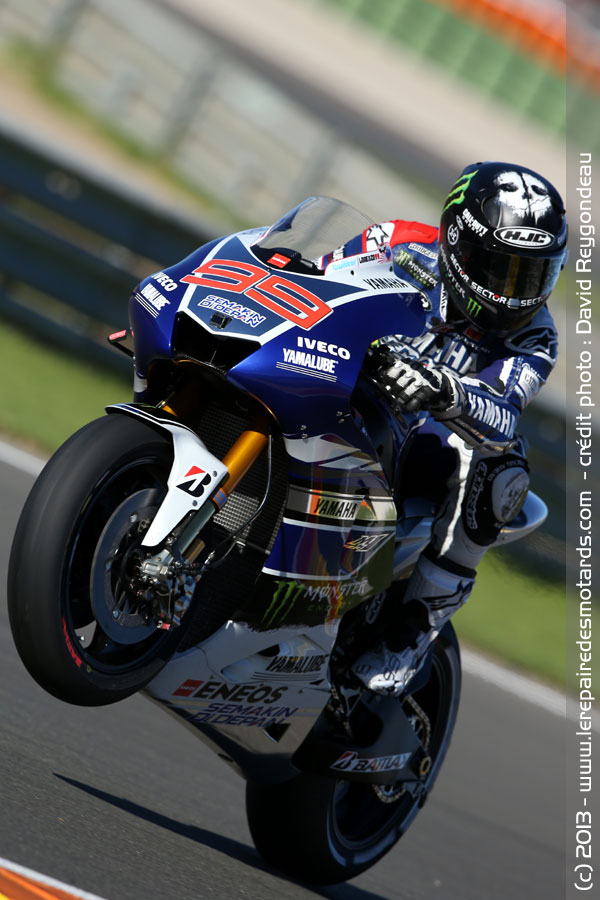 motogp valence wheeling de jorge lorenzo valence. Black Bedroom Furniture Sets. Home Design Ideas