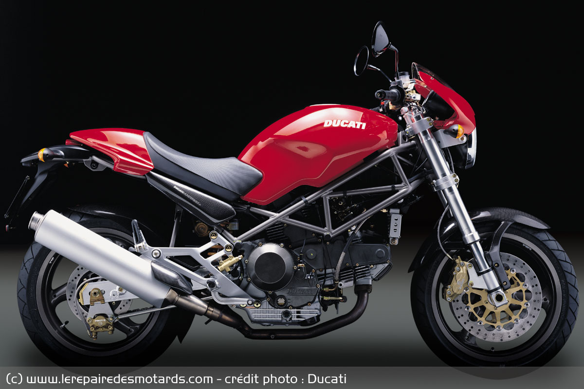 Generation Ducati Monster Desmodue