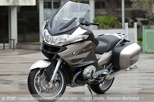 essai moto bmw r 1200 rt. Black Bedroom Furniture Sets. Home Design Ideas