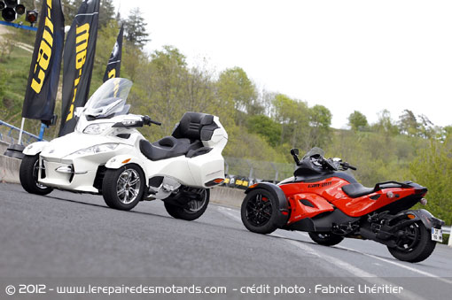 essai brp can am spyder rs et rt. Black Bedroom Furniture Sets. Home Design Ideas