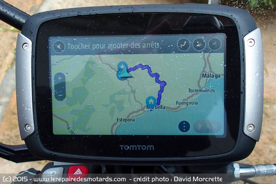 essai gps tomtom rider. Black Bedroom Furniture Sets. Home Design Ideas