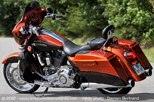 essai harley davidson cvo street glide. Black Bedroom Furniture Sets. Home Design Ideas