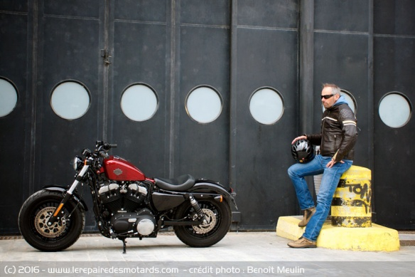 Harley-Davidson Forty-Eight de profil