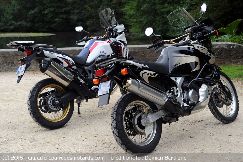 comparo honda africa twin. Black Bedroom Furniture Sets. Home Design Ideas