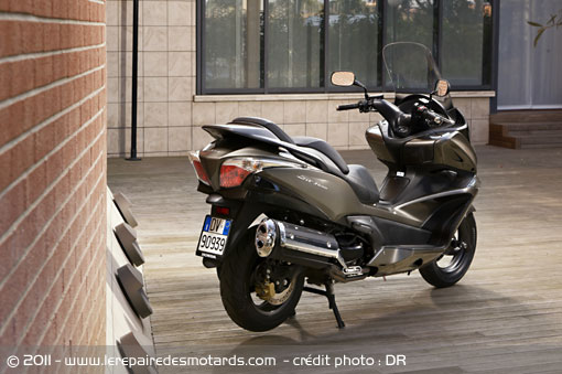 essai scooter honda swt 600 silverwing. Black Bedroom Furniture Sets. Home Design Ideas
