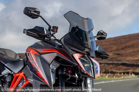 Phare de la KTM 1290 Super Duke GT