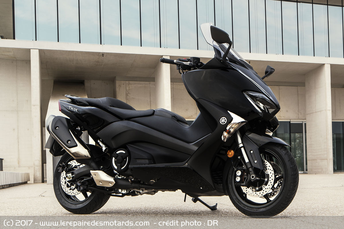 essai maxi scooter yamaha tmax. Black Bedroom Furniture Sets. Home Design Ideas