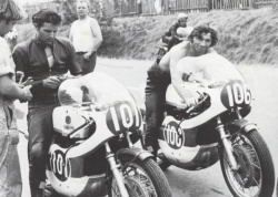 Phil Read et Bill Ivy en 1968 (photo : Yamaha)