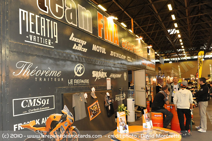 salon le team fma sponsoris par le repaire des motards. Black Bedroom Furniture Sets. Home Design Ideas
