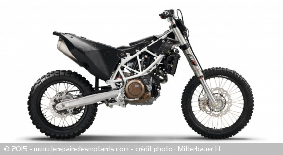 fiche technique husqvarna 701 enduro. Black Bedroom Furniture Sets. Home Design Ideas